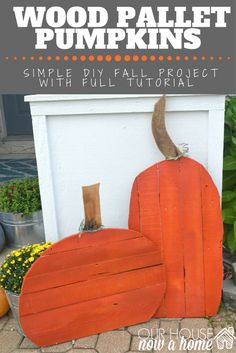 DIY wood pallet pumpkins, this easy tutorial to create some great fall decor of your own! Using wood pallets it is a low cost and upcycle project for fall.