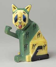Cat, Louis Wain (1860 - 1939) from the Age of Jazz: British Art Deco Ceramics at the Liverpool museum.