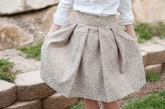Deep box pleat gold gilded DIY jacquard skirt tutorial and FREE sewing pattern! Knee length but easily cropped to mini skirt length.