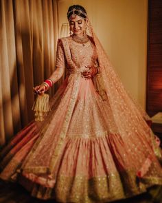 The ultimate guide to shop for bridal lehenga in chandni chowk. From affordable pricing to its unique designs, Chandni Chowk has everything for every bride. Wedding Outfits For Groom, Bridal Outfits, Wedding Attire, Bridal Gowns, Wedding Dresses, Lehenga Style, Red Lehenga, Lehenga Blouse, Bollywood Lehenga