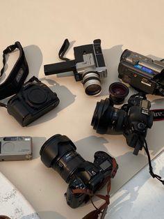 Student Fashion, School Fashion, Future Jobs, Film Aesthetic, Photography Camera, Dream Life, Supermodels, Photos, Inspiration