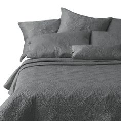 DKNY Chrysanthemum Charcoal Quilt - Bed, Bath, and Beyond