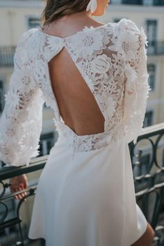 Civil Collection 2022 from Rembo Styling! Lace Wedding Dress, Tea Length Wedding Dress, Bohemian Wedding Dresses, Bridal Dresses, Rembo Styling, Robes D'inspiration Vintage, Contemporary Dresses, Relaxed Wedding, Dress Images