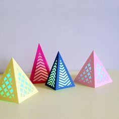 Réaliser des lumignons ajourés en papier | L'atelier Canson