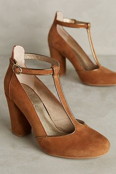 Classic @T-strap, on-trend and #comfortable. Lien.do Clave T-Strap Heels @anthropologie