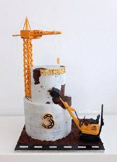 Concrete construction cake - cake by SWEET architect Digger Birthday Cake, Digger Birthday Parties, Digger Cake, Truck Birthday Cakes, Birthday Party Desserts, 2nd Birthday Party Themes, 3rd Birthday, Construction Party Cakes, Construction Birthday Parties