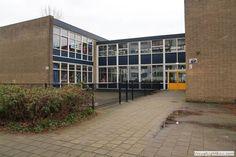 Utrecht december 1965 bij de openbare lagere Dr. G. Kerschensteinerschool, die toen nog aan de Wevelaan 2-4 gevestigd was.