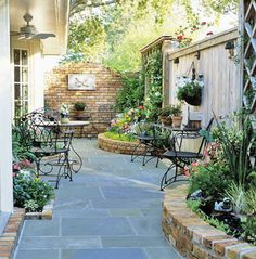 Courtyard/Patio via Better Homes & Gardens
