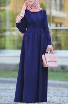 Modest Fashion Hijab, Abaya Fashion, African Fashion Dresses, Dress Style Pakistani, Indigo, Mode Abaya, Muslim Women Fashion, Sleeves Designs For Dresses, Hijab Fashion Inspiration