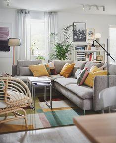 Ikea Pax, Simple Living Room, Small Living, Sofa Kivik, Home Interior, Interior Design, Ikea Family, Living Room Trends, Living Rooms