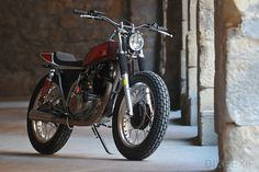 Small and perfectly formed: a custom Yamaha SR250 from ReBORN Motors of Barcelona, Spain.