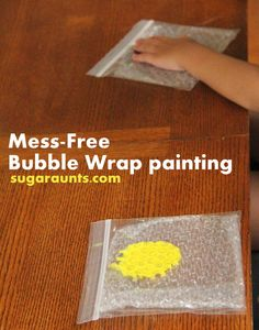 Mess-free painting with an added sensory component...Bubble Wrap! This is a great fine motor strengthening activity. #TheSugarAunts #finemotor #paint #kidsactivities