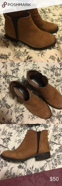 Brown suede booties Brown Steve Madden booties. Super comfortable! These were my go to booties before I broke my foot. Now my foot doesn't fit into them! Steve Madden Shoes Ankle Boots & Booties