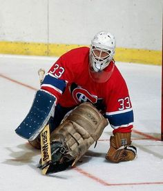 Patrick Roy Canadiens rookie picture