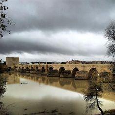 Puente Romano de Córdoba / Roman Bridge in Córdoba, by @ikguallas