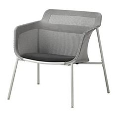 The soft mesh fabric supports your body and makes the chair comfortable to sit in. The armchair is lightweight and easy to move if you want to clean the floor or rearrange the furniture.