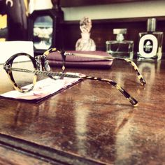 CLASSICAL♡by Oliver Peoples