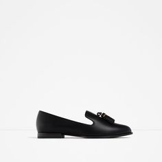 Image 2 of FLAT SHOES WITH TASSELS from Zara