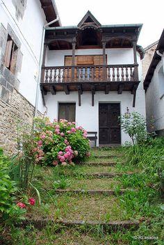 Uztárroz, Valle de Roncal, Navarra