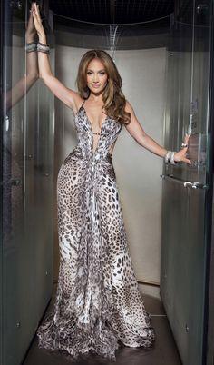 jennifer lopez fashion style | COTE D'AZUR, May 18, 2010 – Jennifer Lopez wearing a long, silk ...