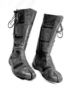 Spiral Tabi Boots by Ayyawear
