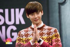 14.10.31 Lee Jong Suk Asia Tour Fan Meeting in Thailand Press Conference  Cr. Logo