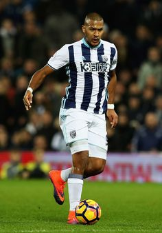 Salomon Rondon of West Bromwich Albion in action during the Premier League match between West Bromwich Albion and Swansea City at The Hawthorns on December 14, 2016 in West Bromwich, England.