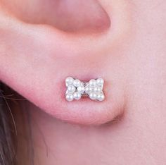 Simulated Pearls Bow Stud Earrings White Gold Plated Butterfly Queen's Jewelry #QueensJewelry #Stud #Pearls #Rhodium #Gold #Plated #Jewelry #Trends #Women #Fashion #Classic #18k #Beauty #PostBack #Butterfly #Comfort #Charm #Trendy #earrings