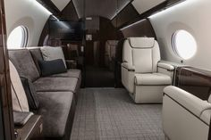 gulfstream business jet defines luxury and high performance Luxury Jets, Luxury Private Jets, Private Plane, Private Jet Interior, Yacht Interior, Luxury Interior, Gulf Stream Jet, Best First Class Airline, Gulfstream G650