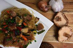 R'n'G Kitchen: Pierś z kaczki z makaronem ryżowym