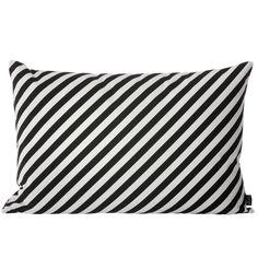 Black Stripe tyyny