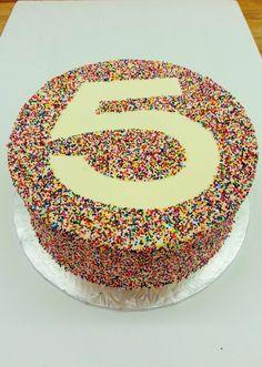 Sprinkles + Stencils = Lots of cake fun! Birthday Cakes, Sprinkles, Fondant, Stencils, Eat, Kids, Food, Children, Fondant Icing