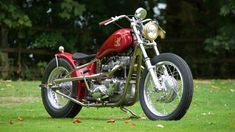 The model from the bespoke British bike builders founded by TV presenter Henry Cole, the new Gladstone Motorcycles SE Bobber has arrived Motorcycle Companies, Motorcycle Manufacturers, Henry Cole, Build A Bike, Triumph Bikes, Bike Builder, British Motorcycles, Bobber Motorcycle, Gladstone