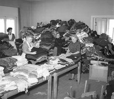 1956, mikor a magyar menekülteken segített a világ - kepek Laundry, Decor, Laundry Room, Decorating, Inredning, Interior Decorating, Laundry Rooms, Deck, Wax