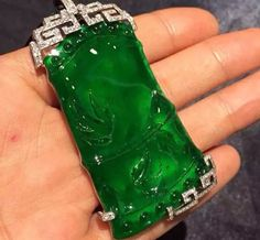 Jade pendent