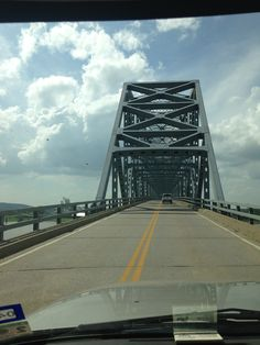 Bridge over Ohio river. Passing from Indiana into Kentucky