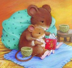 book reading mouse mom