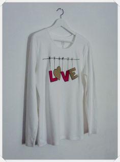 Camiseta mujer love. Handmade.