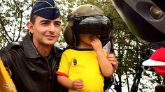 Nuestros héroes del aire inspiran a cientos de niños para continuar protegiendo los cielos de Colombia.  #EnModoPatrio / #20deJulio / #HeroesMultimisión #FAC
