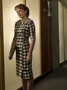 19 Peggy & Joan Outfits From 'Mad Men' That Prove These Ladies Have Got It Going On