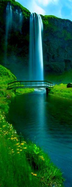 Seljalandsfoss Falls, Iceland  @michaelOXOXO @JonXOXOXO @emmaruthXOXO @emmammerrick  #PINOFTHEDAY