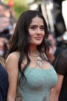 Salma Hayek - Girls Of The Sun Premiere Annual Cannes Film Festival Beautiful Celebrities, Beautiful Actresses, Salma Hayek Body, Salma Hayek Bikini, Salma Hayek Pictures, Mexican Actress, Glamour, Up Girl, Woman Crush