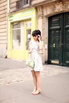 It's Okay My Dear legs dress with mulberry bag and asos shoes