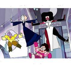 The Crystal Diamonds? Pink Diamond Steven Universe, Steven Universe Gem, Steven Universe Pictures, Steven Univese, Cute Girl Drawing, The Adventure Zone, Lapidot, Magical Girl, Supernatural Cake