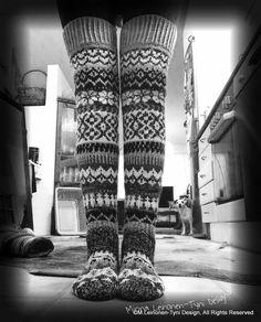 Ylipolvensukat, kirjoneulesukat. Oma Malli, My own design. Fair isle , overknee woolsocks