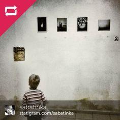 And here's another shot documenting the 1st Polish Mobile Photography exhibition ! Including my 2 pics. Sobotnią Fotografią Dnia jest zdjęcie @sabatinka (którą wybrał @deepobserveron) z naszej Wystawy Fotografii Mobilnej w Murowanej Goślinie. Gratulacje @sabatinka !