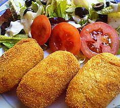 potato and cheese croquettes recipe Cuban Recipes, Jewish Recipes, New Recipes, Vegetarian Recipes, Cooking Recipes, Spanish Recipes, Spanish Food, Colombian Cuisine, Gastronomia