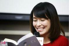 Yan Ge 颜歌×七堇年:用四川话写08年前的小镇故事 _ 中国网