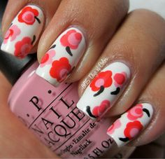 Beauty Trends #nailart #flowers