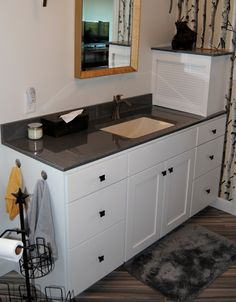 Marquis Cabinets With Prairie Door Style Finished In Oyster Granite Countertop In Black Pearl